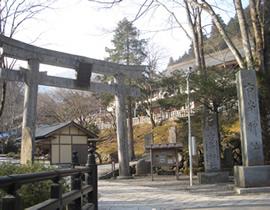 Le sanctuaire Furumine-jinja